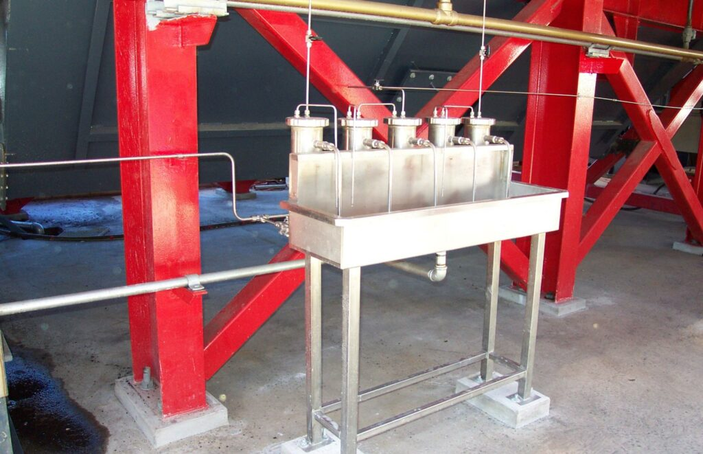 Water sample station